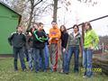 Sadzimy drzewa wokół szkoły Dubeczno 2006